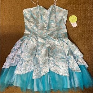 Windsor Light Blue Occasion Dress
